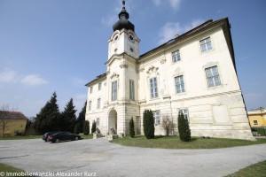 Schlossherrschaften und Burgfräuleins